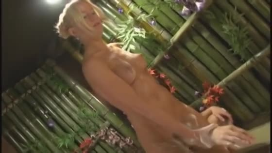 【素人】花魁コスが似合うブロンド美女とハメ撮りセックス三昧